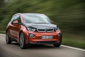 Beim BMW-Elektrofahrzeug BMW i3 sind die Nieren geschlossen und im Rahmen der Markentradition nur noch optisch angedeutet.